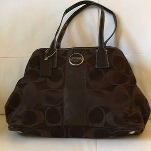 Authentic Signature Coach handbag!